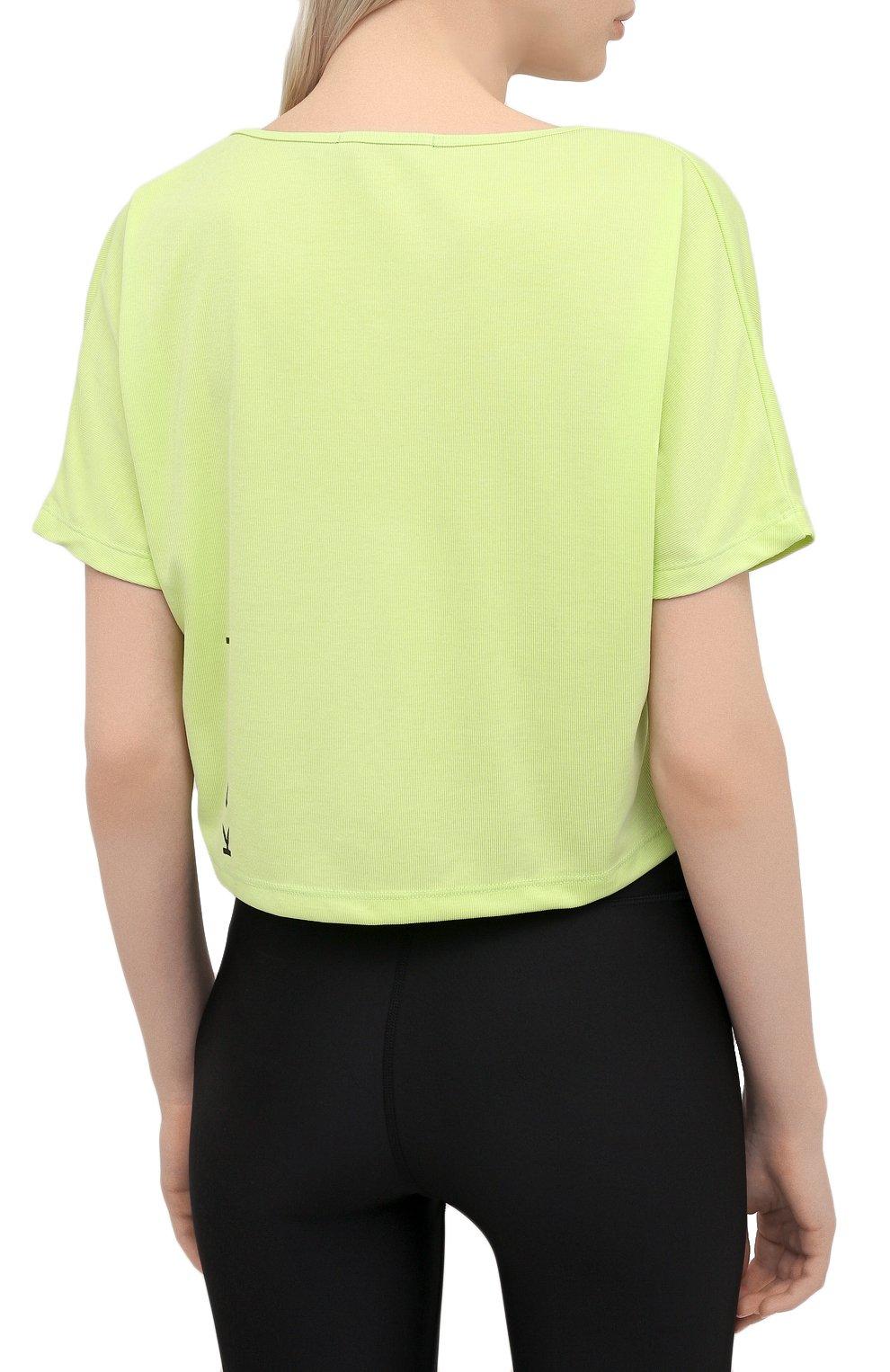 Женская футболка KORAL зеленого цвета, арт. A6427J85 | Фото 4 (Женское Кросс-КТ: Футболка-спорт, Футболка-одежда; Принт: Без принта; Рукава: Короткие; Материал внешний: Синтетический материал; Стили: Спорт-шик; Длина (для топов): Укороченные)