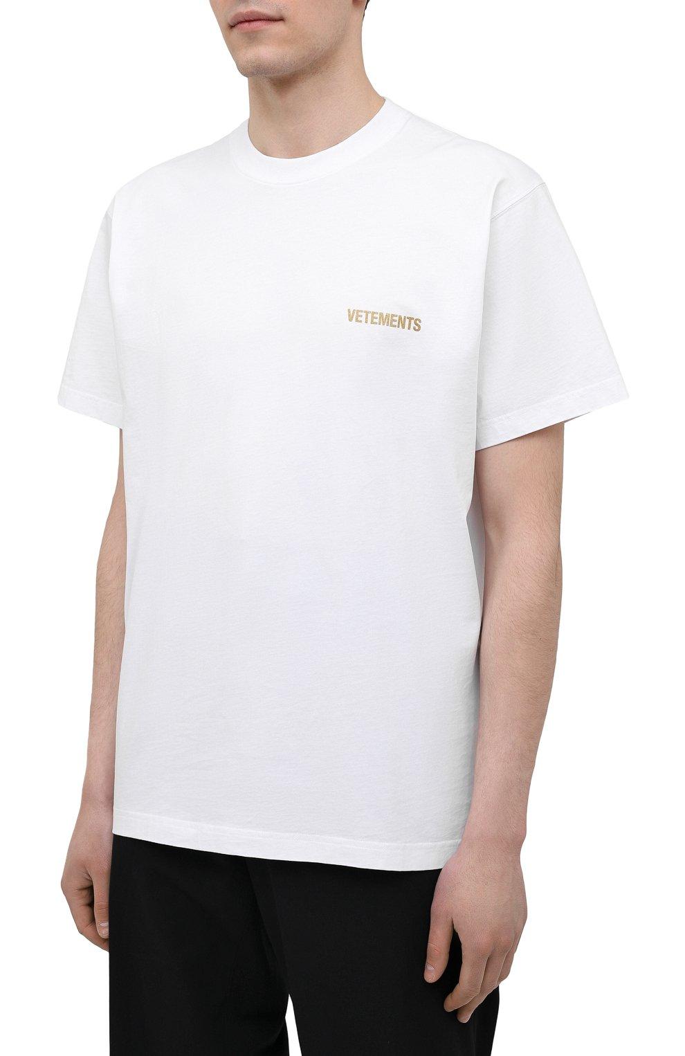 Мужская хлопковая футболка VETEMENTS белого цвета, арт. UA52TR240W 1602/M | Фото 3 (Рукава: Короткие; Длина (для топов): Стандартные; Принт: С принтом; Материал внешний: Хлопок)