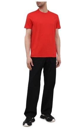 Мужская футболка из хлопка и кашемира KITON красного цвета, арт. UMK0029 | Фото 2 (Принт: Без принта; Длина (для топов): Стандартные; Рукава: Короткие; Материал внешний: Хлопок)