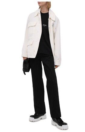 Женская хлопковая футболка VETEMENTS черного цвета, арт. UA52TR160B 1602/W | Фото 2
