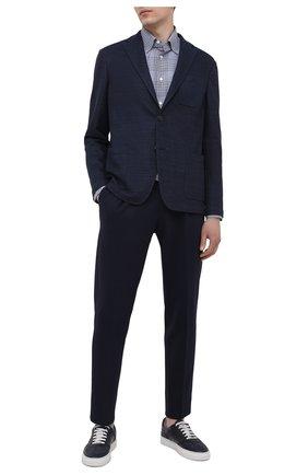 Мужские брюки CORNELIANI темно-синего цвета, арт. 874L11-1118814/00 | Фото 2 (Материал внешний: Синтетический материал, Хлопок; Мужское Кросс-КТ: Брюки-трикотаж; Случай: Повседневный; Стили: Кэжуэл; Длина (брюки, джинсы): Стандартные)