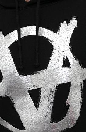 Мужской хлопковое худи VETEMENTS черного цвета, арт. UA52TR850S 1601/M   Фото 5 (Рукава: Длинные; Длина (для топов): Стандартные; Стили: Гранж; Принт: С принтом; Мужское Кросс-КТ: Худи-одежда; Материал внешний: Хлопок)