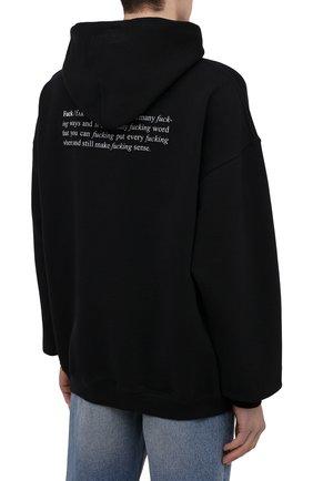 Мужской хлопковое худи VETEMENTS черного цвета, арт. UA52TR660B 1601/M   Фото 4 (Рукава: Длинные; Длина (для топов): Стандартные; Стили: Гранж; Принт: С принтом; Мужское Кросс-КТ: Худи-одежда; Материал внешний: Хлопок)