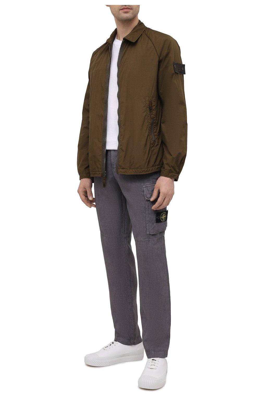 Мужские льняные брюки-карго STONE ISLAND серого цвета, арт. 741531601   Фото 2 (Силуэт М (брюки): Карго; Длина (брюки, джинсы): Стандартные; Случай: Повседневный; Стили: Гранж; Материал внешний: Лен)