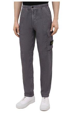 Мужские льняные брюки-карго STONE ISLAND серого цвета, арт. 741531601   Фото 3 (Силуэт М (брюки): Карго; Длина (брюки, джинсы): Стандартные; Случай: Повседневный; Стили: Гранж; Материал внешний: Лен)