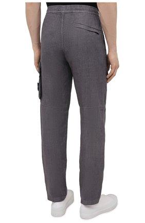 Мужские льняные брюки-карго STONE ISLAND серого цвета, арт. 741531601   Фото 4 (Силуэт М (брюки): Карго; Длина (брюки, джинсы): Стандартные; Случай: Повседневный; Стили: Гранж; Материал внешний: Лен)