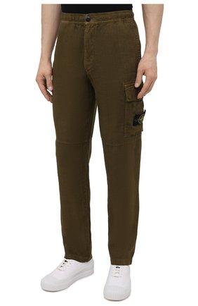 Мужские льняные брюки-карго STONE ISLAND хаки цвета, арт. 741531601   Фото 3 (Силуэт М (брюки): Карго; Длина (брюки, джинсы): Стандартные; Случай: Повседневный; Стили: Милитари; Материал внешний: Лен)