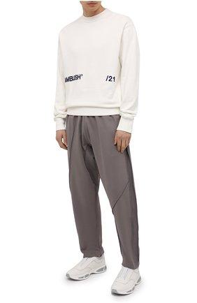 Мужские хлопковые брюки A-COLD-WALL* серого цвета, арт. ACWMB064   Фото 2 (Длина (брюки, джинсы): Стандартные; Стили: Минимализм; Случай: Повседневный; Мужское Кросс-КТ: Брюки-трикотаж; Материал внешний: Хлопок)
