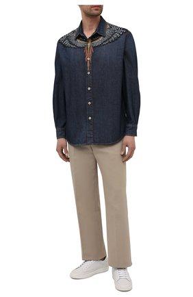 Мужская джинсовая рубашка MARCELO BURLON синего цвета, арт. CMYD014S21DEN001 | Фото 2
