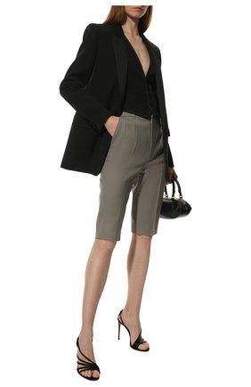 Женские шерстяные шорты SAINT LAURENT серого цвета, арт. 659777/Y7B73 | Фото 2 (Кросс-КТ: Широкие; Женское Кросс-КТ: Шорты-одежда; Материал внешний: Шерсть; Стили: Кэжуэл; Длина Ж (юбки, платья, шорты): До колена)