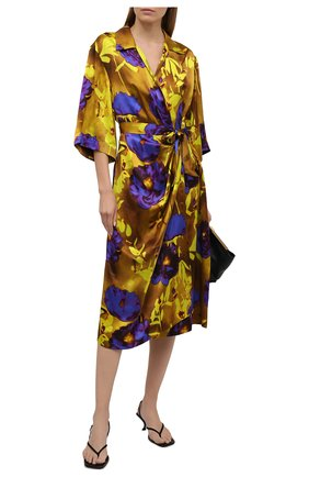 Женское платье из вискозы и шелка DRIES VAN NOTEN желтого цвета, арт. 211-11009-2089 | Фото 2 (Материал подклада: Вискоза; Случай: Коктейльный; Материал внешний: Вискоза; Женское Кросс-КТ: Платье-одежда; Длина Ж (юбки, платья, шорты): Миди; Рукава: 3/4; Стили: Гламурный)
