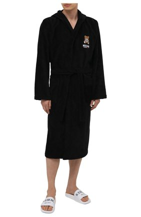 Мужской хлопковый халат MOSCHINO черного цвета, арт. A7301/8140 | Фото 2 (Материал внешний: Хлопок; Рукава: Длинные; Длина (верхняя одежда): Длинные; Кросс-КТ: домашняя одежда)