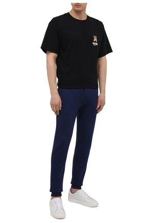 Мужская хлопковая футболка MOSCHINO черного цвета, арт. A1923/8125 | Фото 2 (Рукава: Короткие; Материал внешний: Хлопок; Мужское Кросс-КТ: Футболка-белье; Длина (для топов): Стандартные; Кросс-КТ: домашняя одежда)