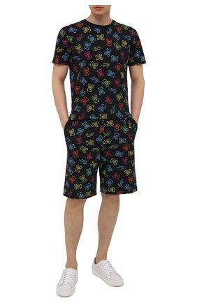 Мужские хлопковые шорты MOSCHINO разноцветного цвета, арт. A4307/8109 | Фото 2