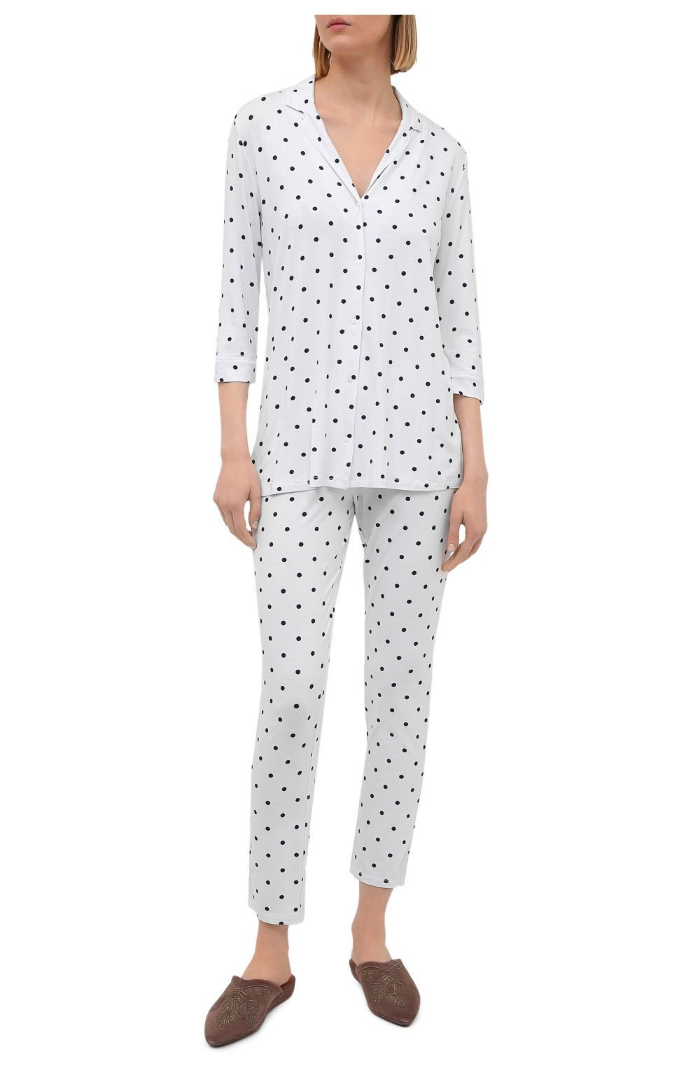 Женская пижама из вискозы LE CHAT белого цвета, арт. BELLAGIO106 | Фото 1 (Длина Ж (юбки, платья, шорты): Мини; Длина (брюки, джинсы): Стандартные; Длина (для топов): Стандартные; Материал внешний: Вискоза; Рукава: 3/4)