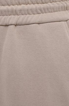 Женские хлопковые брюки BRUNELLO CUCINELLI бежевого цвета, арт. MP05NSF999   Фото 5