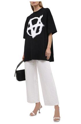 Женская хлопковая футболка VETEMENTS черного цвета, арт. UA52TR490W 1602/W   Фото 2