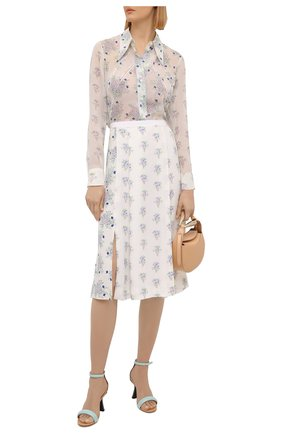 Женская шелковая блузка CHLOÉ белого цвета, арт. CHC21UHT05322 | Фото 2 (Принт: С принтом; Стили: Романтичный; Женское Кросс-КТ: Блуза-одежда; Рукава: Длинные; Длина (для топов): Стандартные; Материал внешний: Шелк)