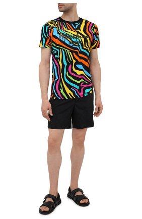 Мужская хлопковая футболка MOSCHINO разноцветного цвета, арт. A1909/2321 | Фото 2