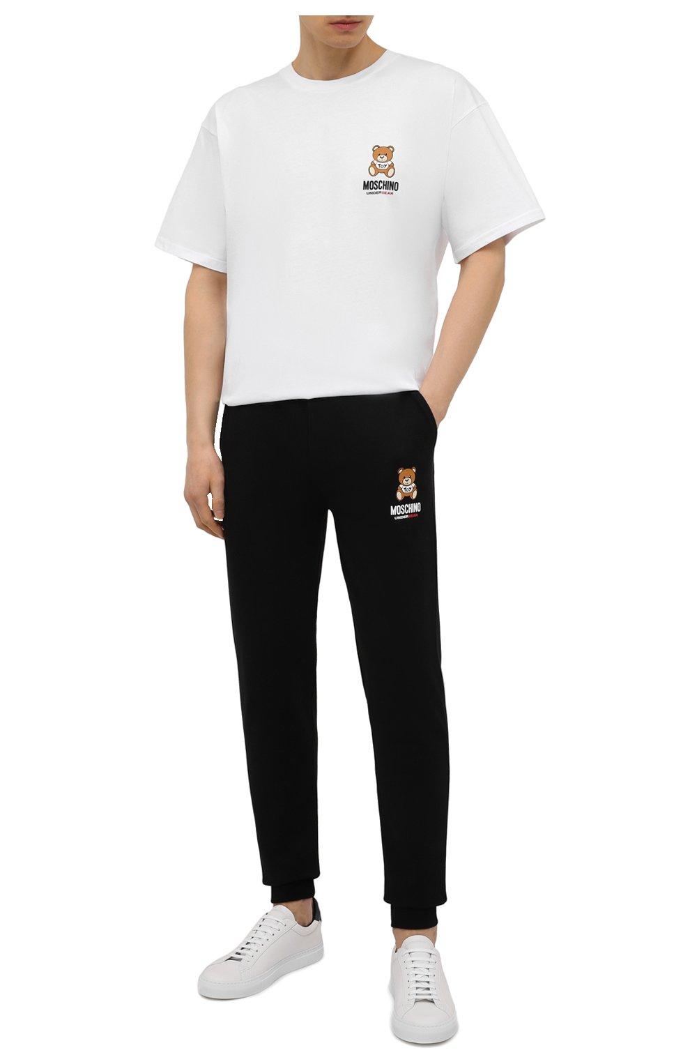 Мужская хлопковая футболка MOSCHINO белого цвета, арт. A1923/8125   Фото 2 (Кросс-КТ: домашняя одежда; Рукава: Короткие; Длина (для топов): Стандартные; Материал внешний: Хлопок; Мужское Кросс-КТ: Футболка-белье)