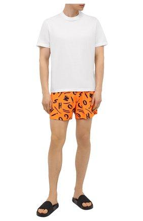 Мужские плавки-шорты MOSCHINO оранжевого цвета, арт. A6104/2307 | Фото 2