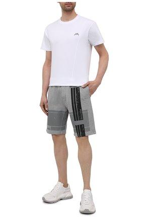 Мужские хлопковые шорты STONE ISLAND серого цвета, арт. 741566596   Фото 2