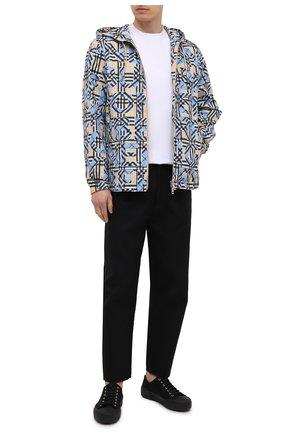 Мужская куртка BURBERRY разноцветного цвета, арт. 8038770 | Фото 2 (Кросс-КТ: Ветровка, Куртка; Стили: Кэжуэл; Материал внешний: Синтетический материал; Рукава: Длинные; Материал подклада: Синтетический материал; Длина (верхняя одежда): Короткие)