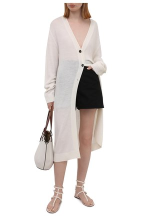 Женские кожаные сандалии rockstud VALENTINO кремвого цвета, арт. VW0S0812/YPX | Фото 2 (Каблук высота: Низкий; Материал внутренний: Натуральная кожа; Подошва: Плоская)