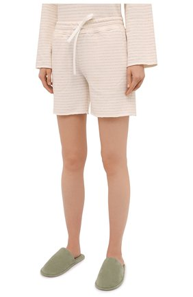 Женские шорты EVA B.BITZER светло-бежевого цвета, арт. 11322845 | Фото 3 (Длина Ж (юбки, платья, шорты): Мини; Женское Кросс-КТ: Домашние шорты; Материал внешний: Хлопок)