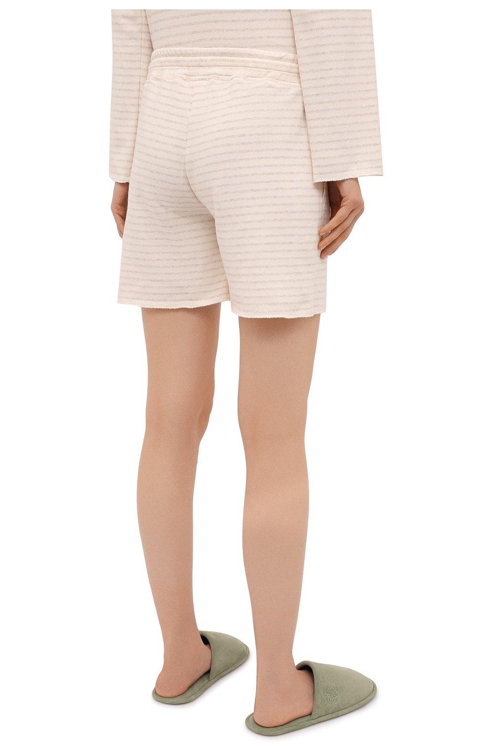 Женские шорты EVA B.BITZER светло-бежевого цвета, арт. 11322845 | Фото 4 (Длина Ж (юбки, платья, шорты): Мини; Женское Кросс-КТ: Домашние шорты; Материал внешний: Хлопок)