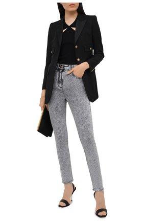 Женские джинсы BALMAIN серого цвета, арт. VF0MF000/D112   Фото 2 (Стили: Гламурный; Кросс-КТ: Деним; Материал внешний: Хлопок; Длина (брюки, джинсы): Стандартные; Силуэт Ж (брюки и джинсы): Узкие)
