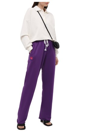 Женские хлопковые брюки NATASHA ZINKO фиолетового цвета, арт. SS212516-13 | Фото 2