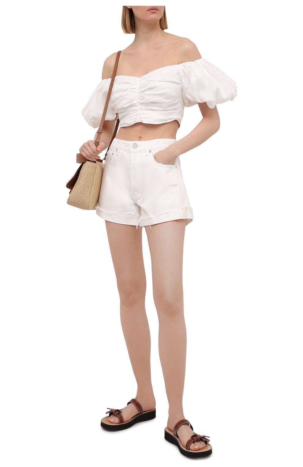 Женские джинсовые шорты MOUSSY белого цвета, арт. 025ESC11-2690 | Фото 2 (Женское Кросс-КТ: Шорты-одежда; Кросс-КТ: Деним; Длина Ж (юбки, платья, шорты): Мини; Материал внешний: Хлопок; Стили: Спорт-шик)