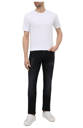 Мужские джинсы BOSS черного цвета, арт. 50453110 | Фото 2 (Силуэт М (брюки): Прямые; Материал внешний: Хлопок, Деним; Длина (брюки, джинсы): Стандартные; Стили: Кэжуэл)