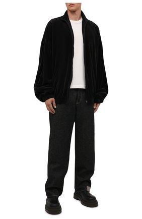 Мужская хлопковая куртка BALENCIAGA черного цвета, арт. 659098/TKQ12   Фото 2 (Кросс-КТ: Куртка, Ветровка; Длина (верхняя одежда): До середины бедра; Материал внешний: Хлопок; Материал подклада: Хлопок, Синтетический материал; Стили: Спорт-шик; Рукава: Длинные)
