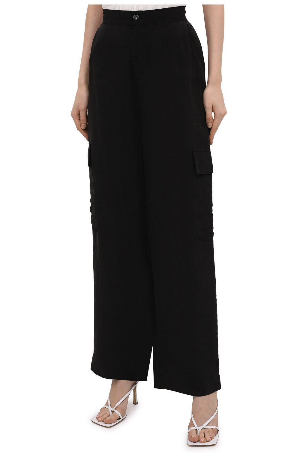 Женские брюки из вискозы 5PREVIEW черного цвета, арт. 5PW21103 | Фото 3 (Материал внешний: Купро, Вискоза; Длина (брюки, джинсы): Стандартные; Женское Кросс-КТ: Брюки-одежда; Силуэт Ж (брюки и джинсы): Прямые; Стили: Кэжуэл)