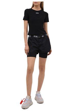 Женская футболка OFF-WHITE черного цвета, арт. 0WVA018V21JER001 | Фото 2 (Длина (для топов): Стандартные; Стили: Спорт-шик; Женское Кросс-КТ: Футболка-одежда; Рукава: Короткие; Материал внешний: Синтетический материал; Принт: С принтом)