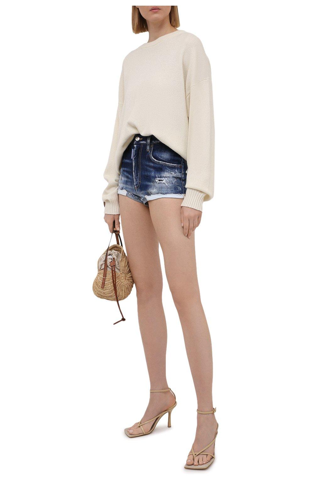 Женские джинсовые шорты DSQUARED2 синего цвета, арт. S75MU0384/S30342 | Фото 2 (Женское Кросс-КТ: Шорты-одежда; Кросс-КТ: Деним; Длина Ж (юбки, платья, шорты): Мини; Стили: Гранж; Материал внешний: Хлопок)