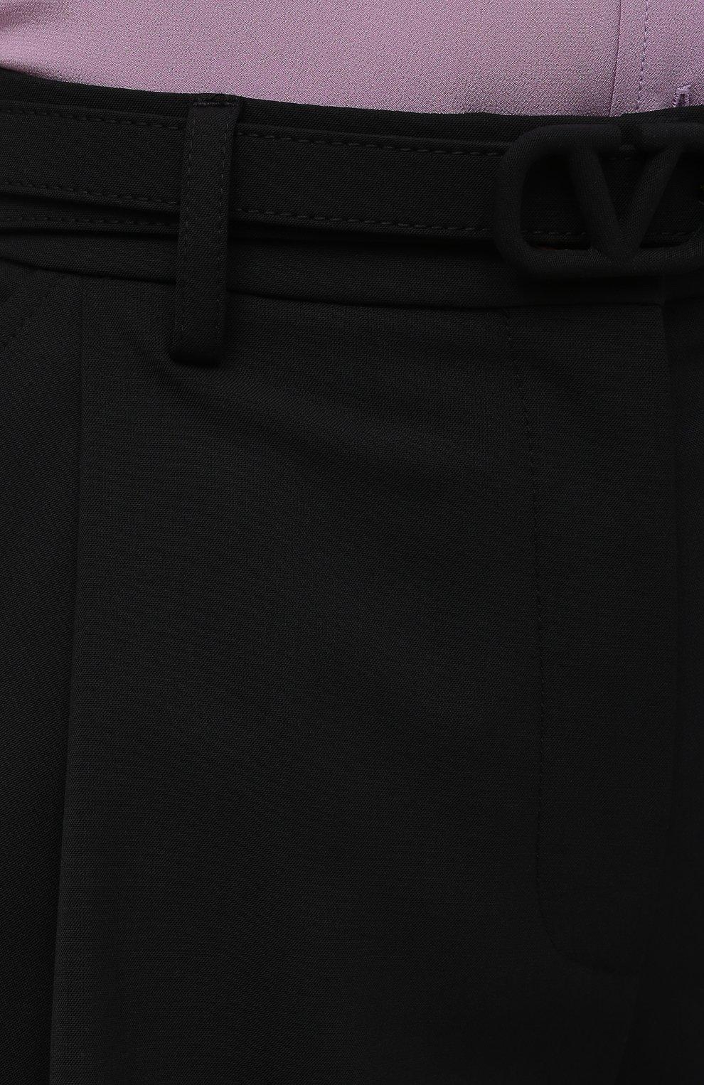 Женские шорты VALENTINO черного цвета, арт. WB3RF1R56DP   Фото 5 (Женское Кросс-КТ: Шорты-одежда; Материал внешний: Шерсть, Синтетический материал; Длина Ж (юбки, платья, шорты): Мини; Стили: Романтичный)