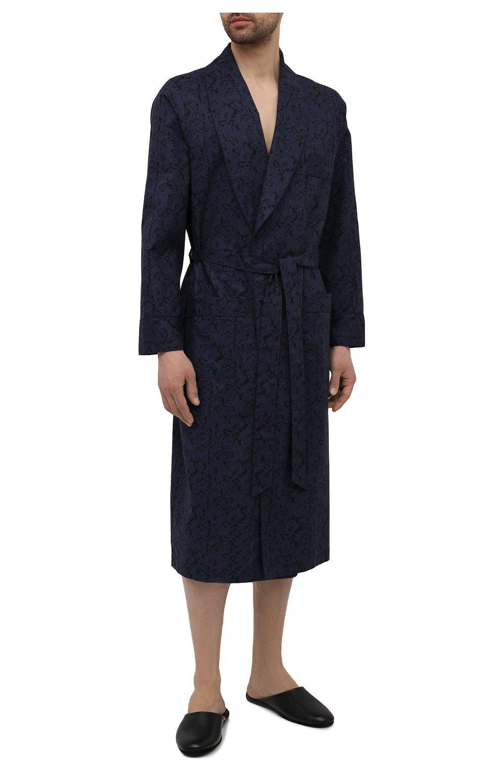 Мужской хлопковый халат ROBERTO RICETTI темно-синего цвета, арт. VESTAGLIA R0BE/C2611 | Фото 2 (Рукава: Длинные; Кросс-КТ: домашняя одежда; Материал внешний: Хлопок; Длина (верхняя одежда): Длинные)