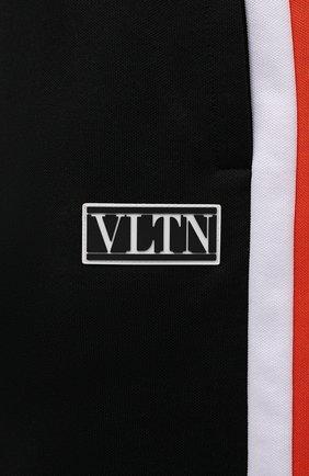 Мужские хлопковые шорты VALENTINO черного цвета, арт. WV3MD03D7LY | Фото 5 (Принт: Без принта; Длина Шорты М: Ниже колена; Материал внешний: Синтетический материал, Хлопок; Кросс-КТ: Трикотаж; Стили: Спорт-шик)