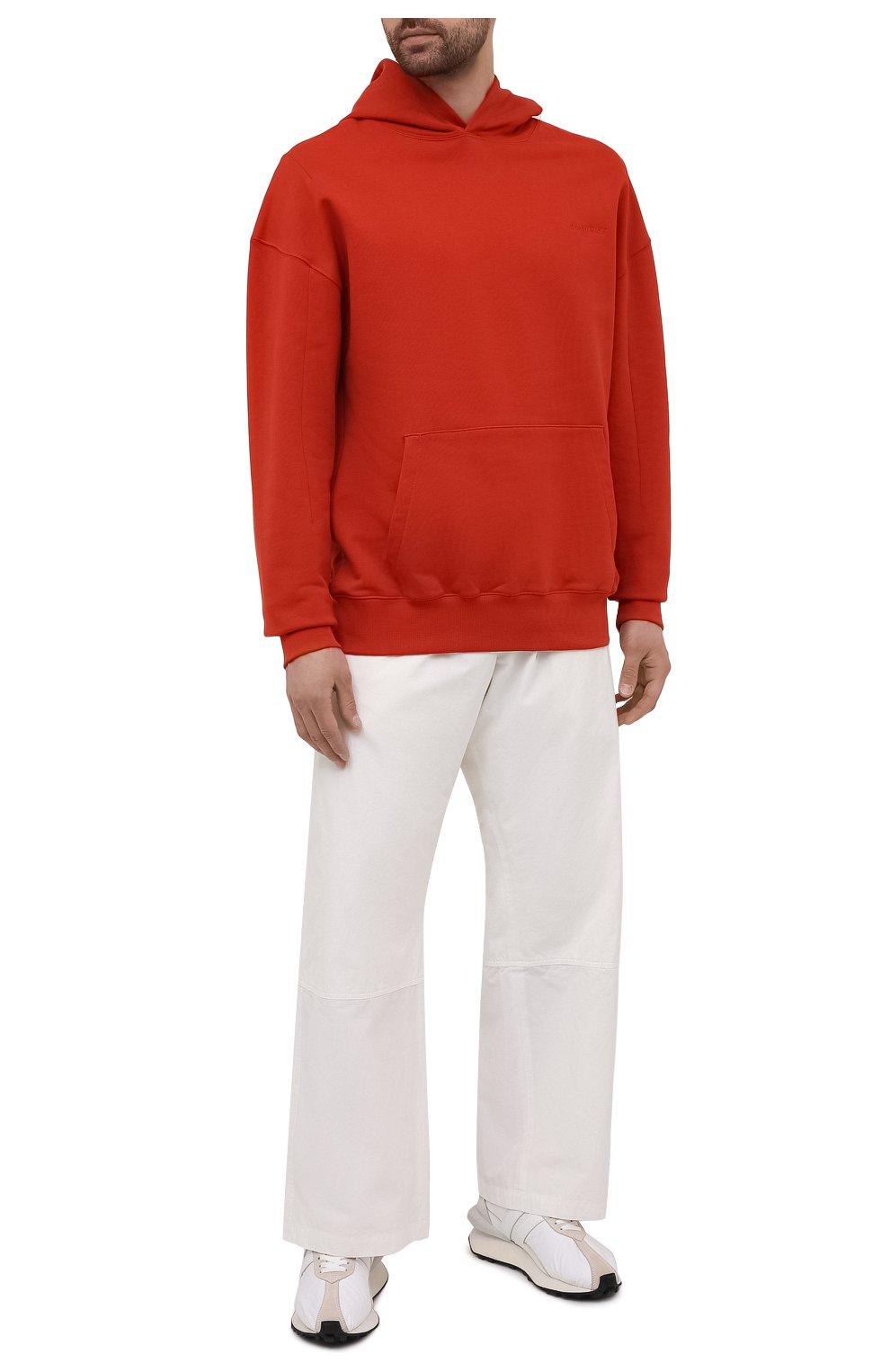 Мужской хлопковое худи A-COLD-WALL* красного цвета, арт. ACWMW033 | Фото 2 (Рукава: Длинные; Принт: Без принта; Длина (для топов): Стандартные; Мужское Кросс-КТ: Худи-одежда; Материал внешний: Хлопок; Стили: Минимализм)