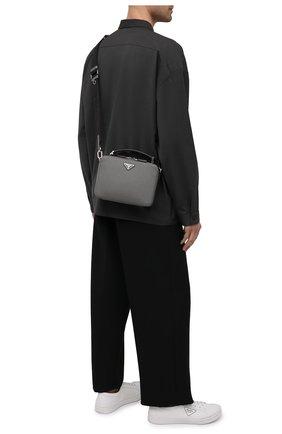 Мужская кожаная сумка brique PRADA серого цвета, арт. 2VH069-9Z2-F0K44-YMI | Фото 2