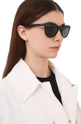 Женские солнцезащитные очки RAY-BAN черного цвета, арт. 2185-901/31 | Фото 2