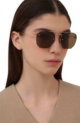 Женские солнцезащитные очки SAINT LAURENT золотого цвета, арт. SL 422 001 | Фото 2