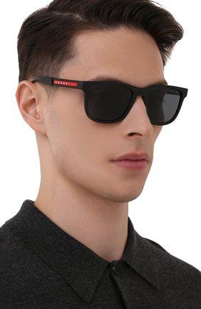 Мужские солнцезащитные очки PRADA LINEA ROSSA черного цвета, арт. 04XS-DG002G | Фото 2