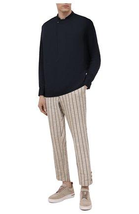 Мужская хлопковая рубашка GIORGIO ARMANI темно-синего цвета, арт. 1WGCCZ72/TZ069 | Фото 2 (Материал внешний: Хлопок; Манжеты: На кнопках; Длина (для топов): Стандартные; Стили: Кэжуэл; Рубашки М: Regular Fit; Случай: Повседневный; Воротник: Мандарин; Рукава: Длинные)