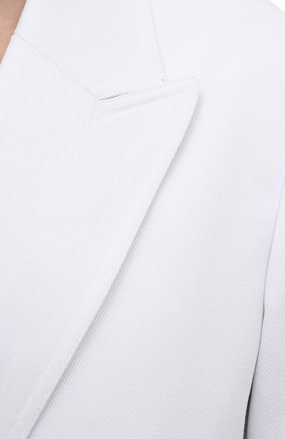 Женский джинсовый жакет VALENTINO белого цвета, арт. WB3DC2F36FK | Фото 5 (Рукава: Длинные; Кросс-КТ: Деним; Случай: Повседневный; Длина (для топов): Удлиненные; Материал внешний: Хлопок; Материал подклада: Синтетический материал; 1-2-бортные: Двубортные; Женское Кросс-КТ: Жакет-одежда; Стили: Кэжуэл)