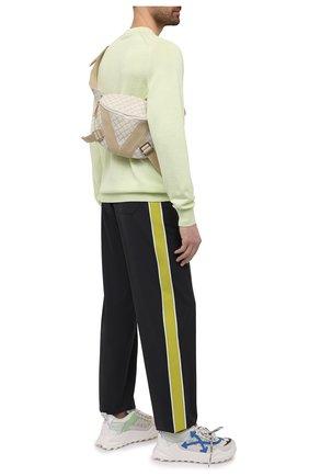 Мужские брюки VALENTINO темно-серого цвета, арт. WV3RBG917N1 | Фото 2 (Длина (брюки, джинсы): Стандартные; Случай: Повседневный; Материал внешний: Шерсть, Синтетический материал; Стили: Кэжуэл)