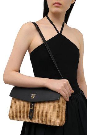Женская сумка t-twist medium TOM FORD черного цвета, арт. L1441T-IRT001 | Фото 2 (Сумки-технические: Сумки через плечо; Ремень/цепочка: На ремешке; Размер: medium)